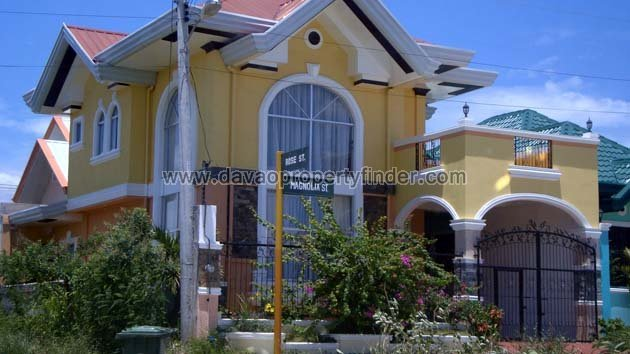 2 Storey House for Sale at Cecilia Heights
