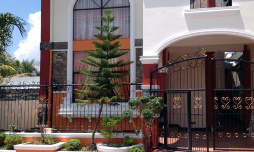 Front view of the house and lot for sale in Cecilia Heights 2, Cabantian, Buhangin, Davao City